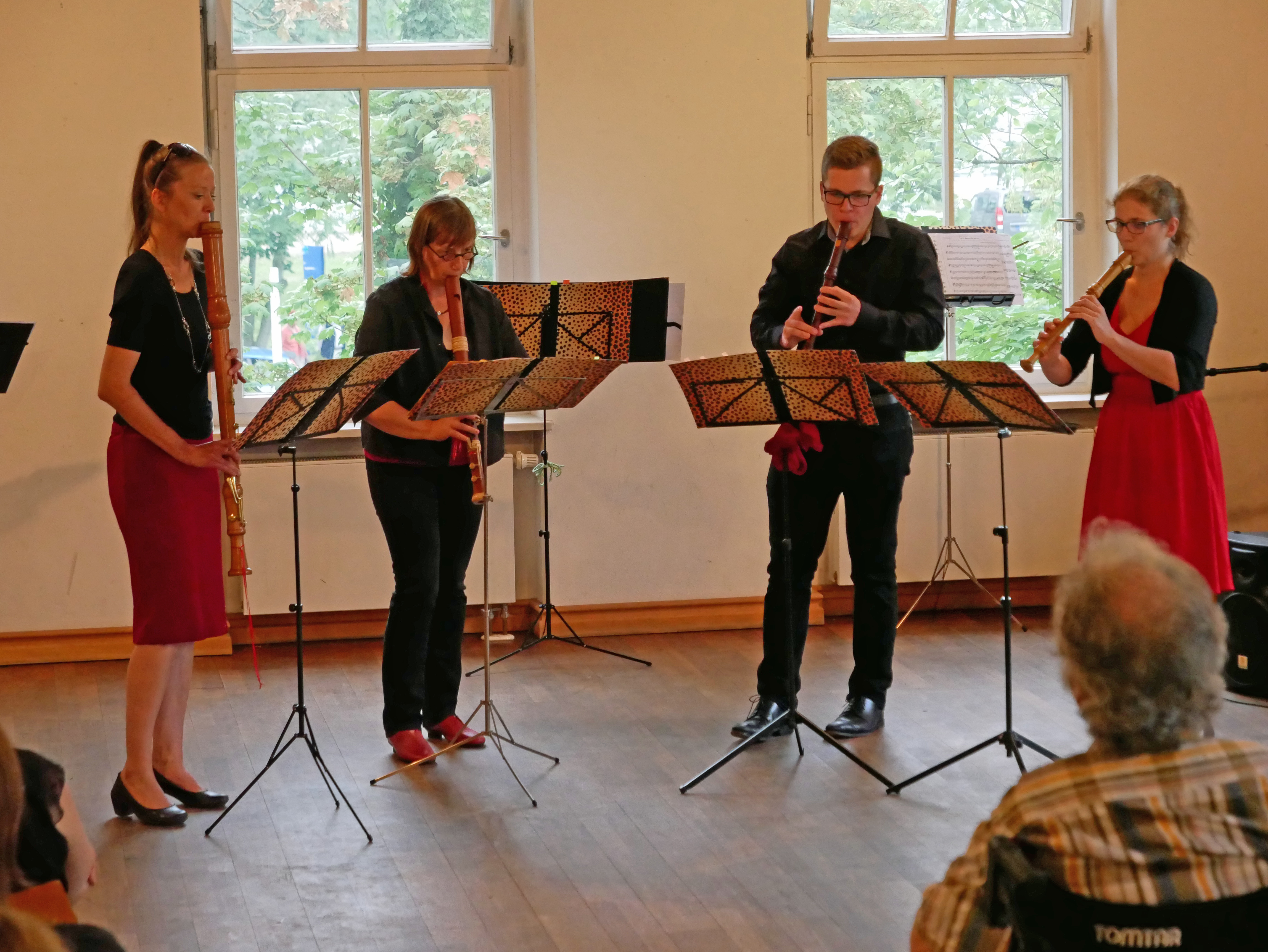 Blockflötenquartett Saltarello mit Sopranflöte, Altflöte, Tenorflöte und Bassflöte